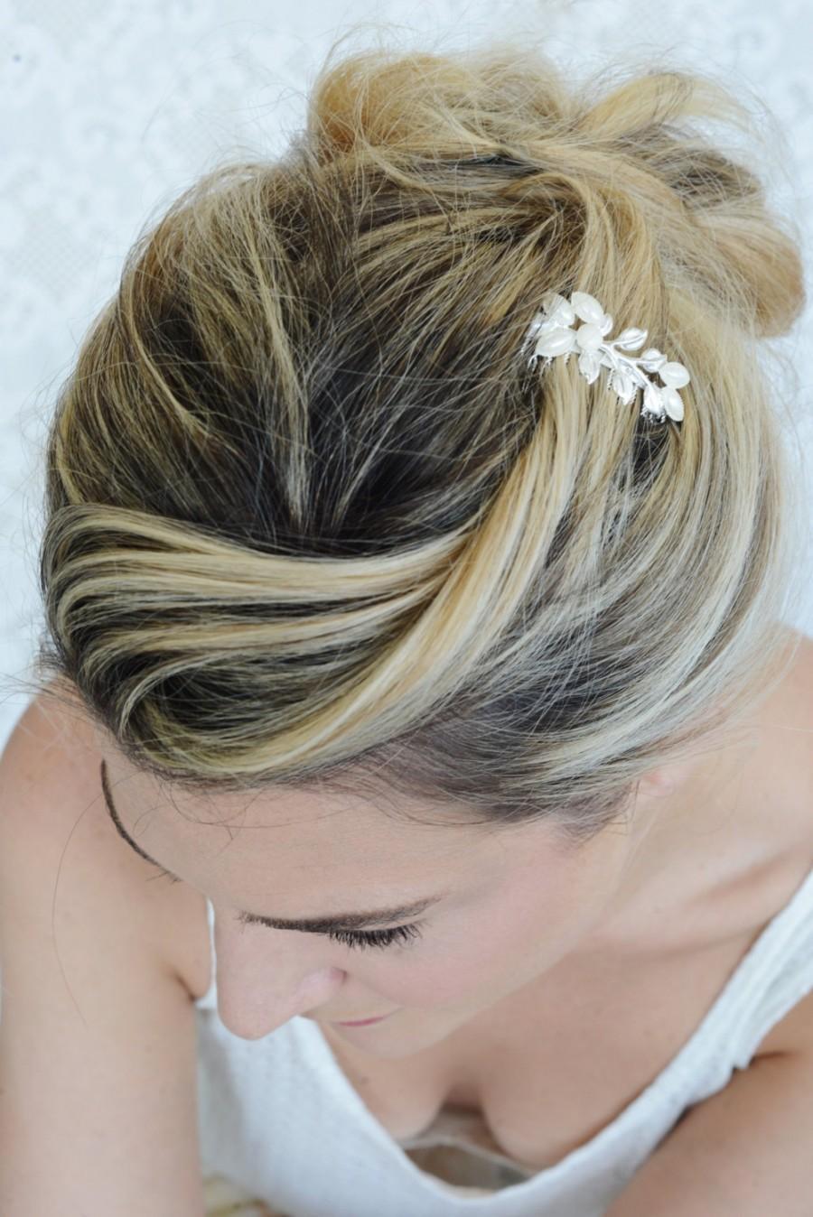 Свадьба - Silver Hair Comb, Pearl hair comb, Bridal Hair Accessories, Wedding Hair Jewelry, Wedding Head Piece - Leaf Hair Comb - Leaves Hair