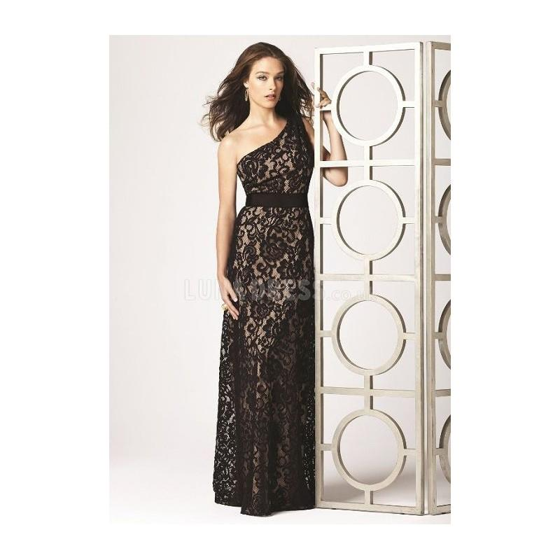 Mariage - Classic Natural Waist Sheath/ Column Lace Long Evening Party Dress - Compelling Wedding Dresses