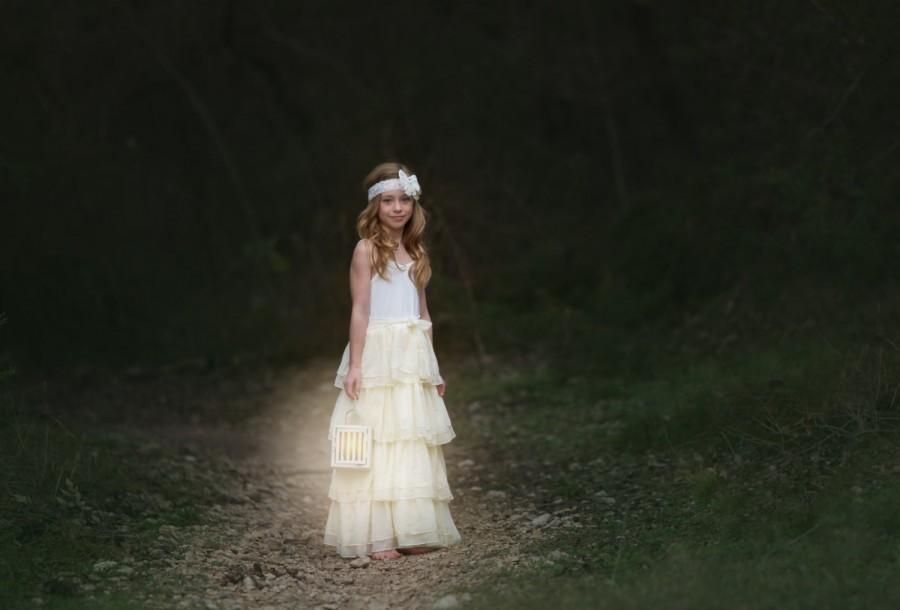 Hochzeit - boho flower girl dress, ivory ruffle frock, whimsical girls lace dress, baby girls dress, lace flower girl dress, rustic flower girl dress