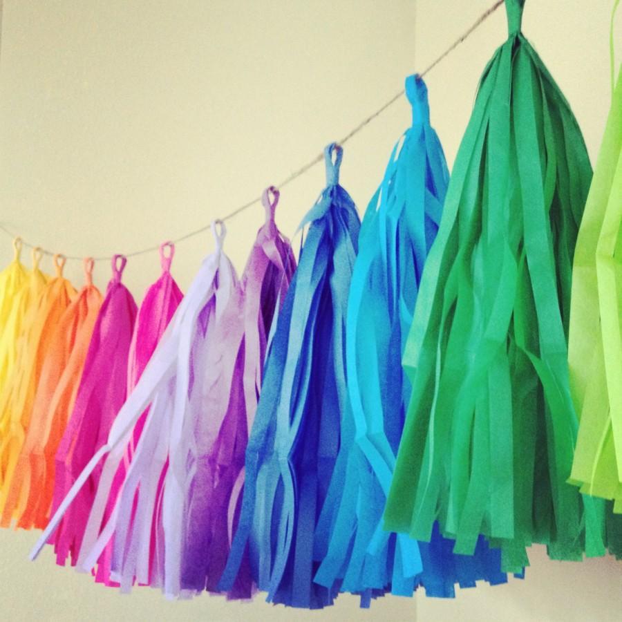 Свадьба - RAINBOW FUN / tissue paper tassel garland / rainbow decorations / classroom decoration / wedding decorations / birthday garland / fringe