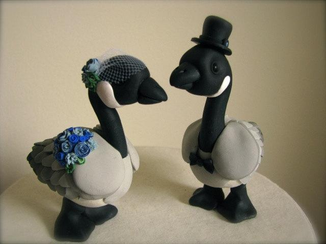 Mariage - Canadian Geese love custom wedding cake topper handmade