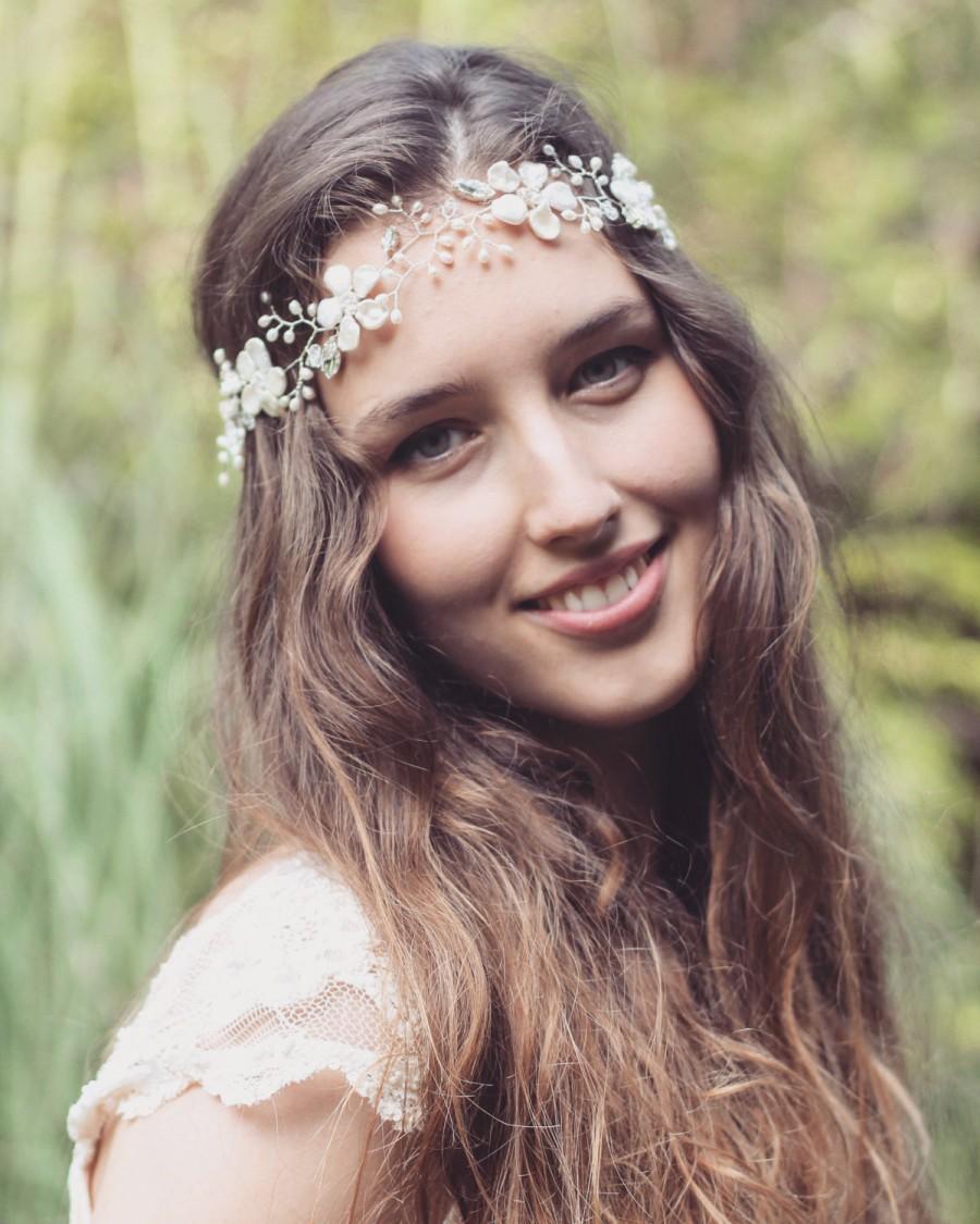 Mariage - Bridal hair vine, floral headpiece, freshwater pearl hair vine, boho forehead vine, wedding flower hair accessory, bride halo, floral tiara