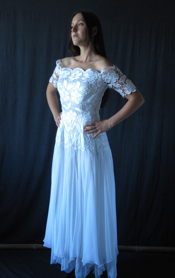 Mariage - Vintage French Wedding dress sateen and guipure