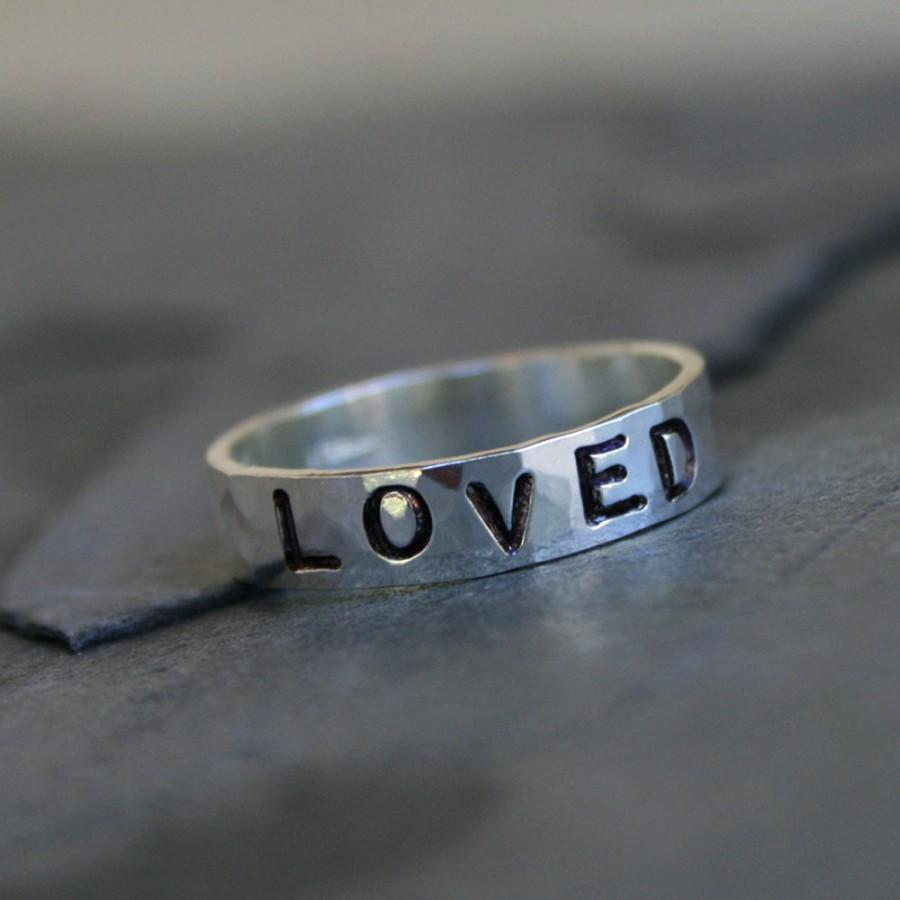 Свадьба - Custom Stamped Ring, Sterling Silver Stacking Ring, Valentine's Day, Personalized Hand Stamped Mothers Ring, Handstamped Word Inspiration
