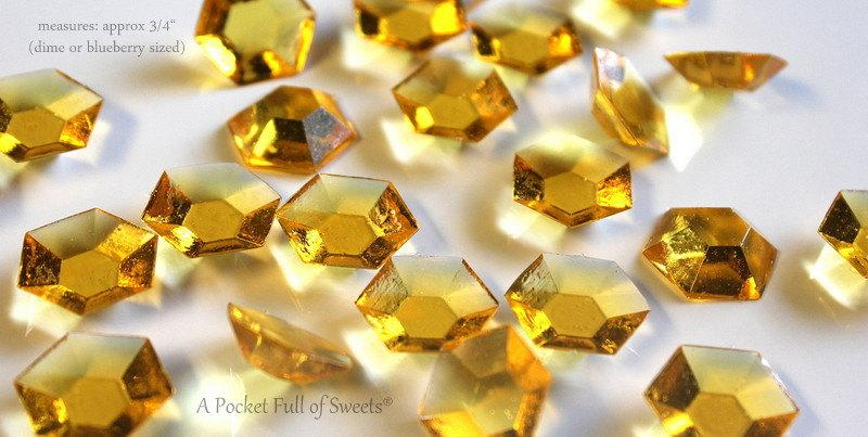 Свадьба - 125 GOLD Citrine Edible Sugar Jewels Barley Sugar Candy Gold Cupcake Toppers Cake Decorations November Birthstone