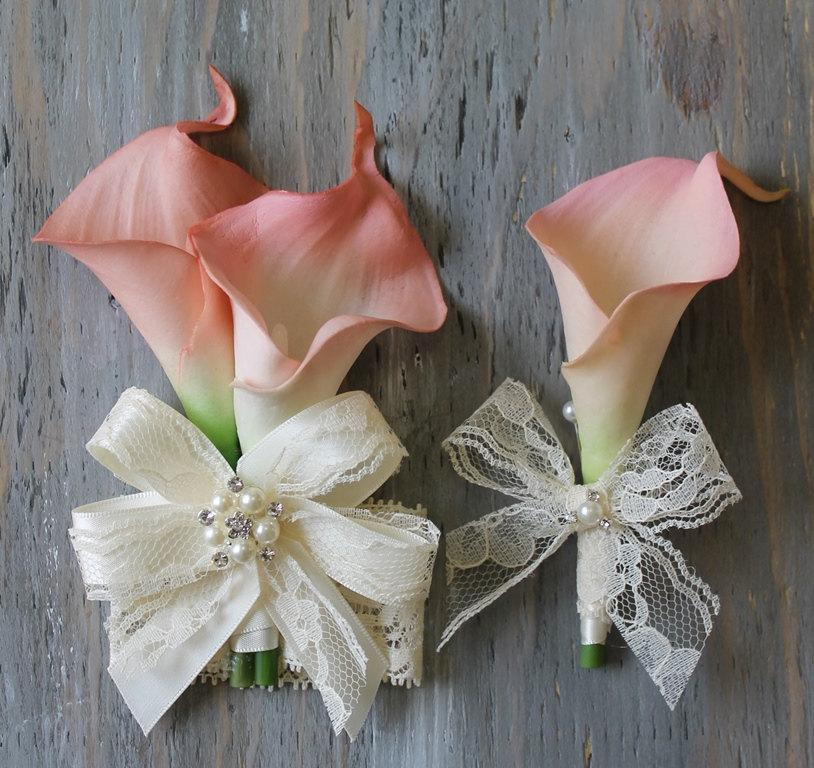 Mariage - Wrist Corsage Calla Lily Corsage Boutonniere Pink  Bridal Accessories  Weddings Pink Calla Lilies Corsage Wedding Corsage Bridal Corsage