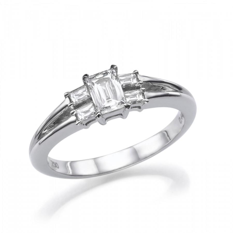Mariage - Unique Engagement Ring, Five Stone Ring, 18K White Gold Ring, 0.84 CT Diamond Engagement Ring, 5 Stone Diamond Ring, Emerald Cut Ring