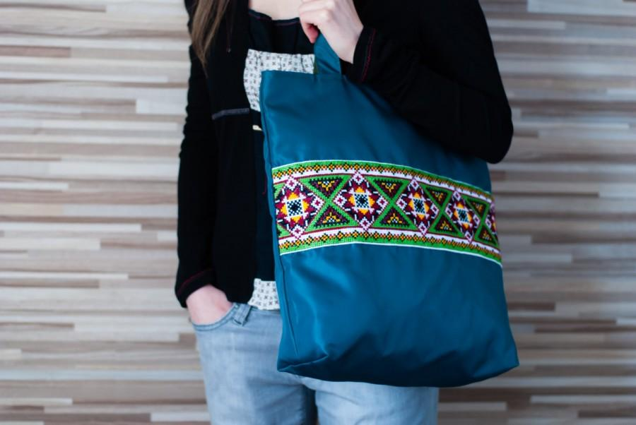 Wedding - Market tote, canvas tote, bag with Ukrainian embroidery, large zipper tote. Ready for shipping!