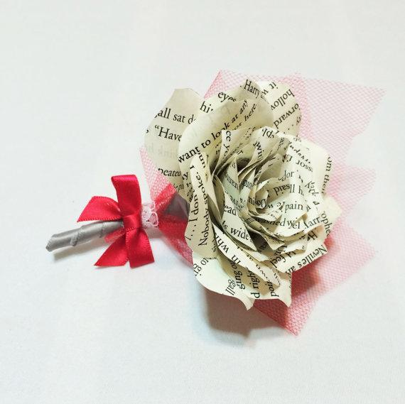 Wedding - Harry Potter book page paper boutonniere, Book page Wedding boutonniere, Buttonhole flower, Paper flower corsage, Lapel flower