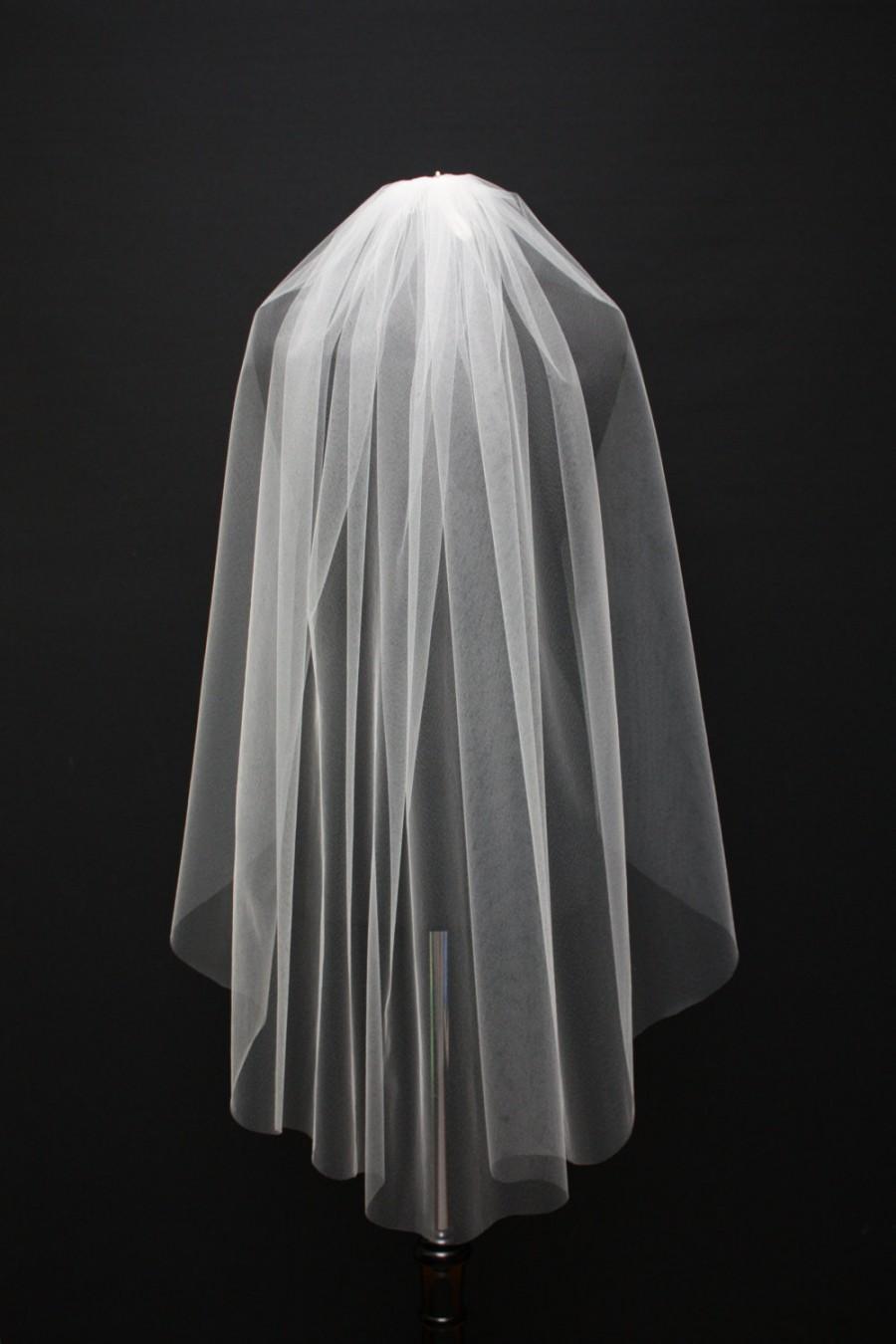 Mariage - Raw edge fingertip veil, Handcut edge veil, Plain edge veil, Single tier veil, Ivory, Light ivory, Diamond white, White.