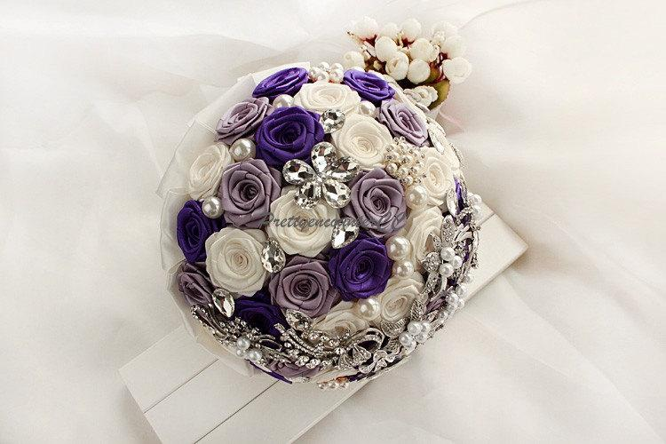 Свадьба - Noble Wedding Bouquet Royal Blue Ivory Purple Roses with Crystals Jewels Satin Ribbon Pearls Bow Knot Bridal Bouquet Handmade Wedding Flower
