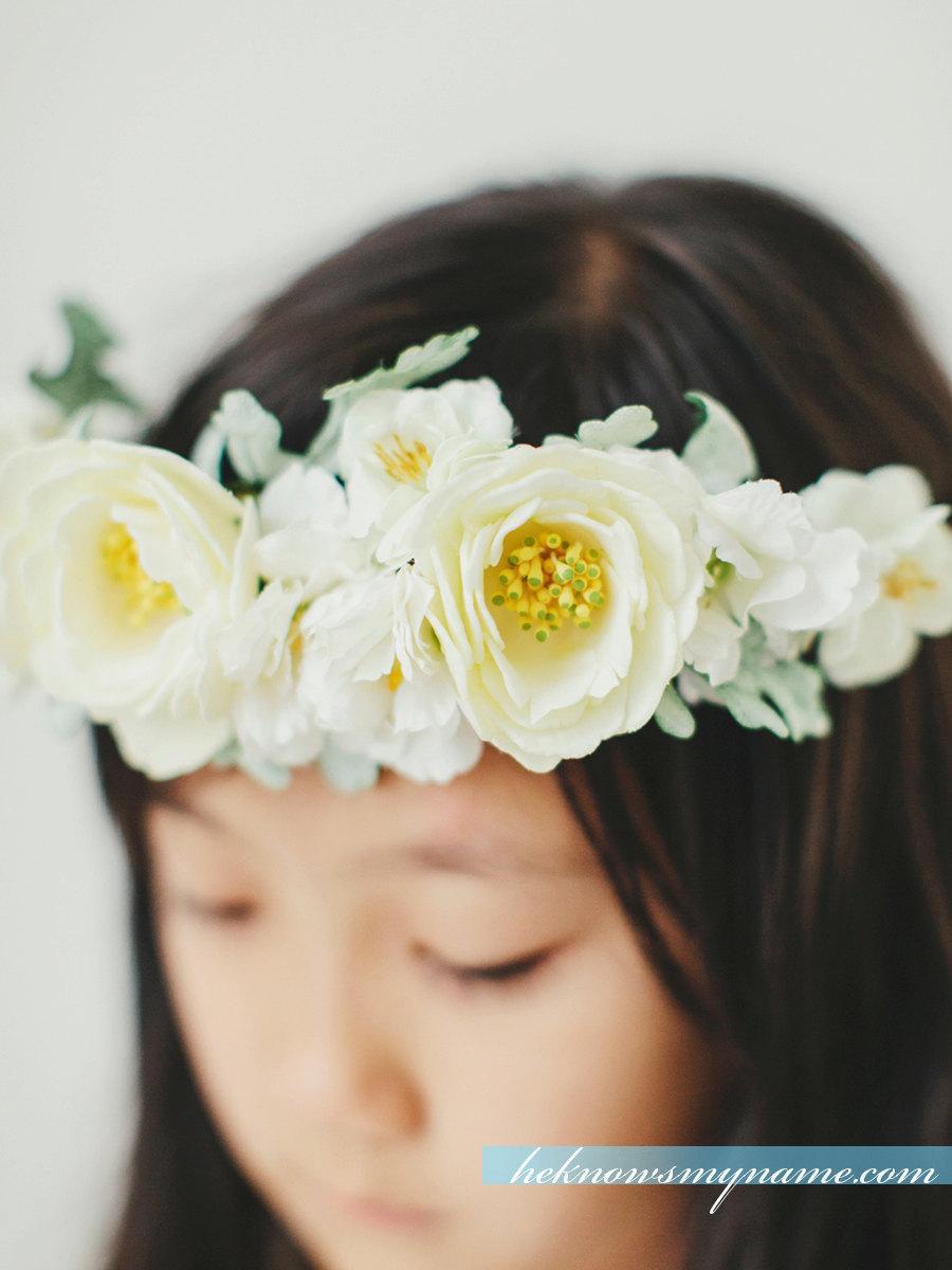 Свадьба - Flower Girl Crown Halow Wedding Hair Accessory - White Ivory Weddings Flower Girls Wreath, Bridal Flower wreath, Bridesmaid Hair Piece