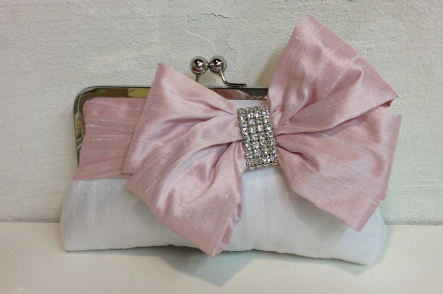 Mariage - Bridal Bow Clutch, Rhinestone, Wedding Clutch, Pink Purse, Formal Purse, Prom Clutch {Glam'd Up Pretty Kisslock}