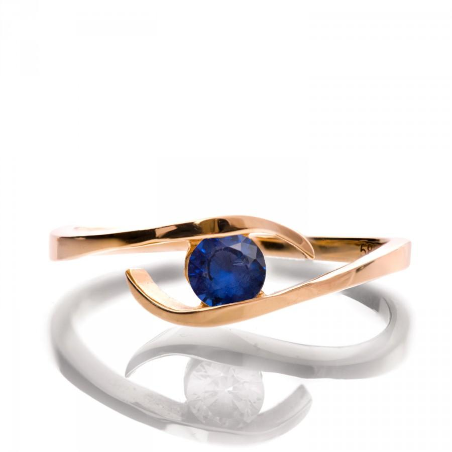 Hochzeit - Sapphire Ring - 14K Rose Gold and Sapphire engagement, Engagement band, wedding band, Star band. Star ring, September Birthstone, R009