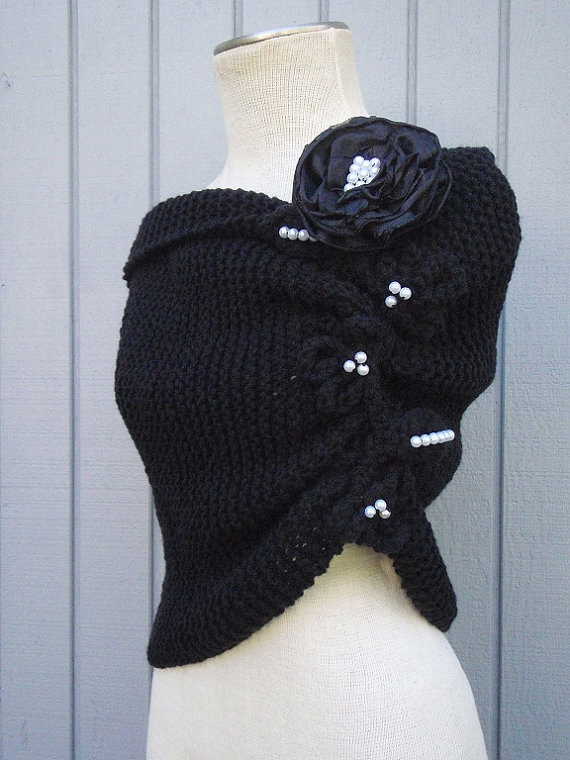 Mariage - Handmade shawl, handmade flowers, wedding gown, knitting shawl, shawl, accessories, bridesmaid, black shawl, wedding shawl, bridemaids gift