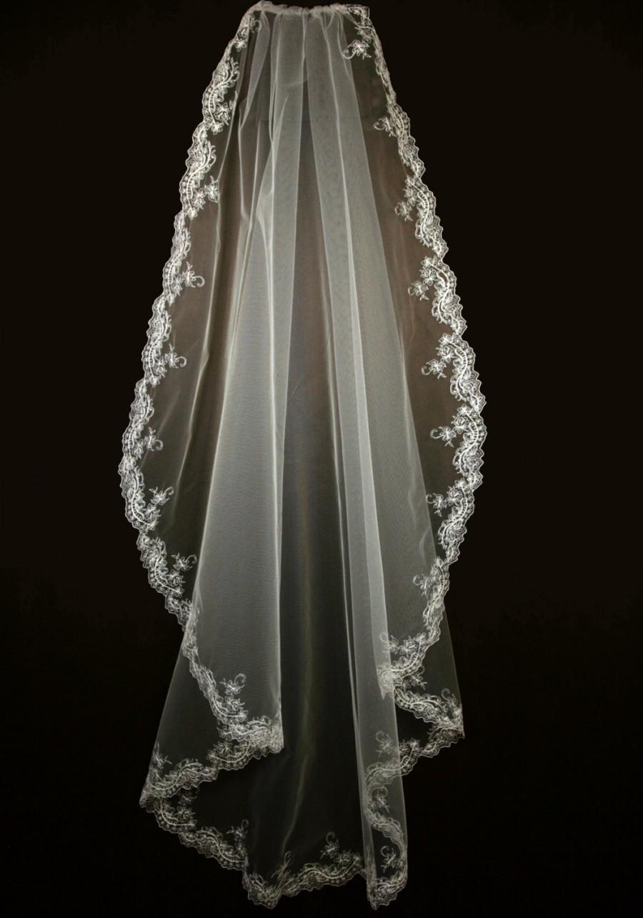 Wedding - Bridal Veil with Embroidery - Emer Wedding Veil- Knee Length Veil-Cascade Veil- Wedding Lace Veil-Single Layer Veil
