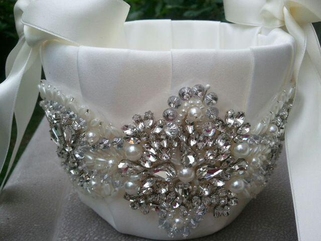 Düğün - SALE - Wedding Flower Basket, Flower Girl Basket, Rhinestone Flower Basket  - Style BK1000