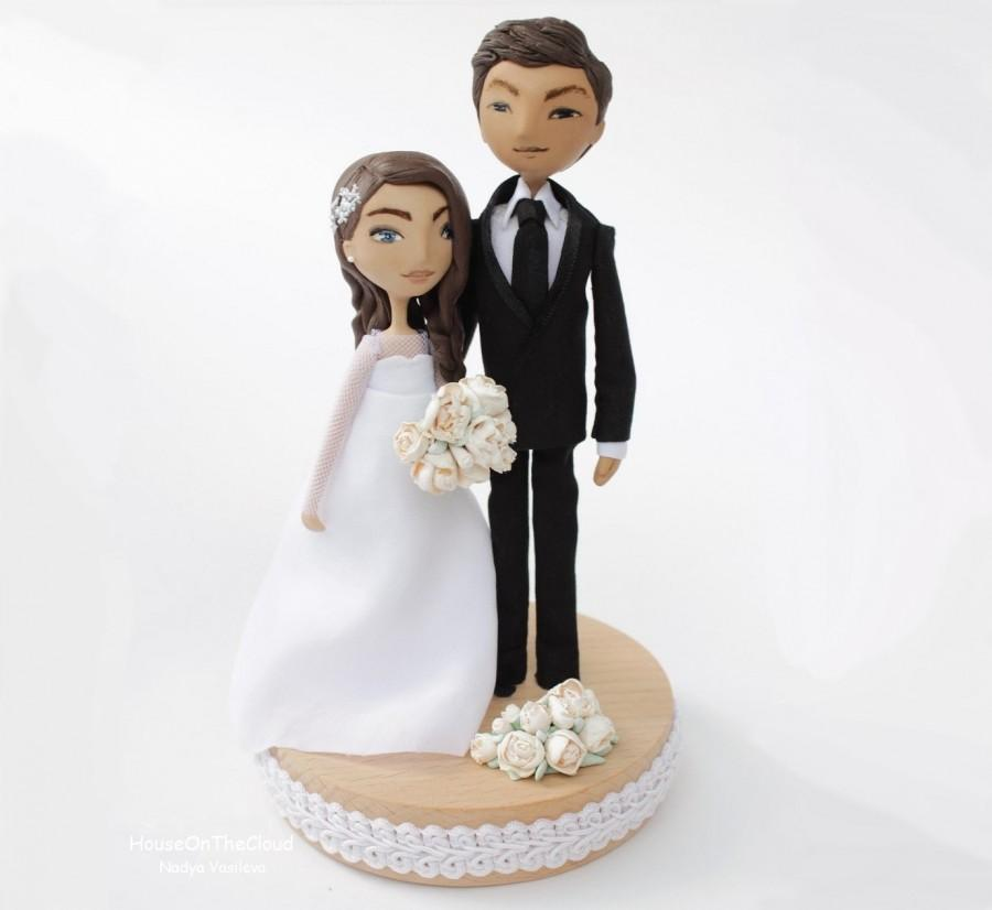 Свадьба - wedding cake topper rustic wedding decor unique wedding cake custom bride and groom cake topper figurine rustic topper wedding decoration