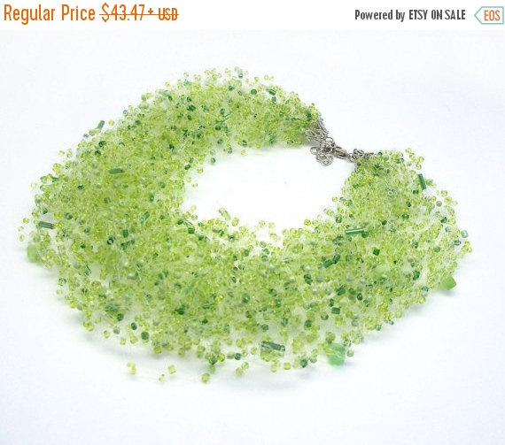 Свадьба - SALE Bridesmaid Green grassy forest air necklace natural stone cat's eyes stetement multistrand st patrick day jewelry sister gift spring fa
