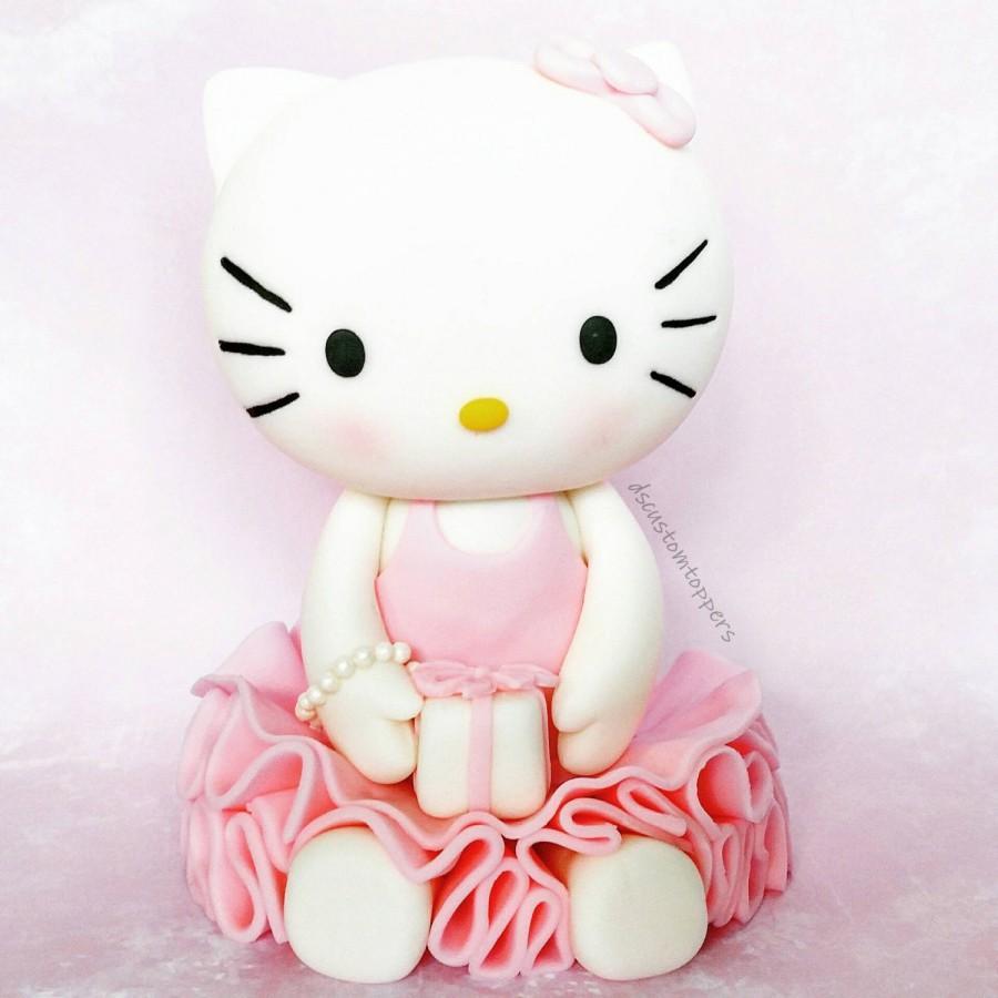 زفاف - Hello Kitty cake topper (fondant)