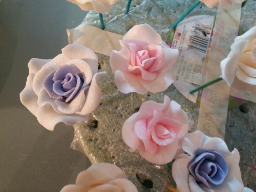 24 Edible Small OMBRE ROSES Gum Paste Fondant Any Color Cake Decoration Sugar Flower Wedding