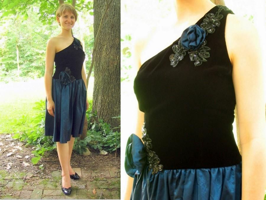 Свадьба - Upcycled Black and Blue Short Prom Dress Formal, Asymmetrical Cocktail Party Dess, Modern Size 8, Small
