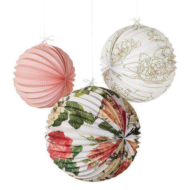 Düğün - paper lanterns ~rustic wedding decorations ~ floral ~ Chinese lanterns ~ tea party ~ boho theme ~ floral garden Event ~ accordion paper fans