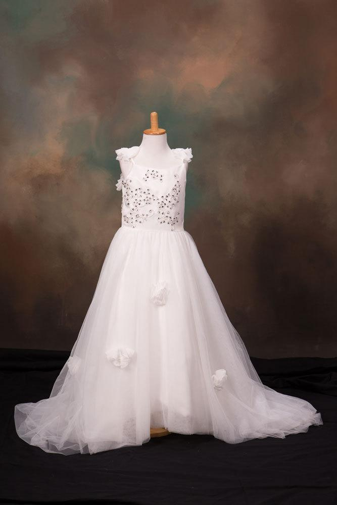 Свадьба - Elegant Girls Beautiful FlowerGirl Wedding Christening Dress Long length Customized to your Colour Theme