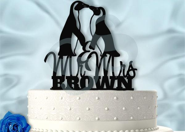 Hochzeit - Mr and Mrs Penguins With Last Name Wedding Cake Topper