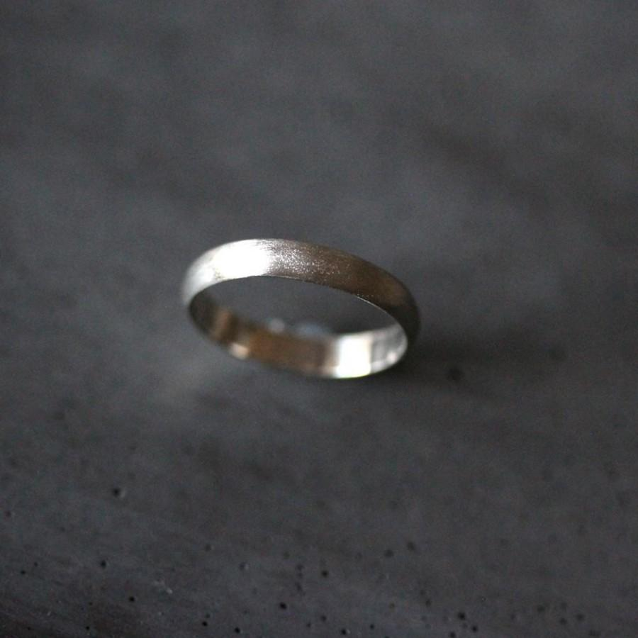 Mariage - White Gold Wedding Band Stackable Ring, 3mm Half Round Recycled 14k Palladium White Gold Ring Brushed White Gold Wedding Ring Stacking Ring