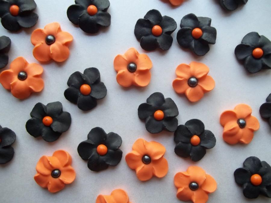 Свадьба - Black and orange flowers -- Halloween -- Cake decorations cupcake toppers  (24 pieces)