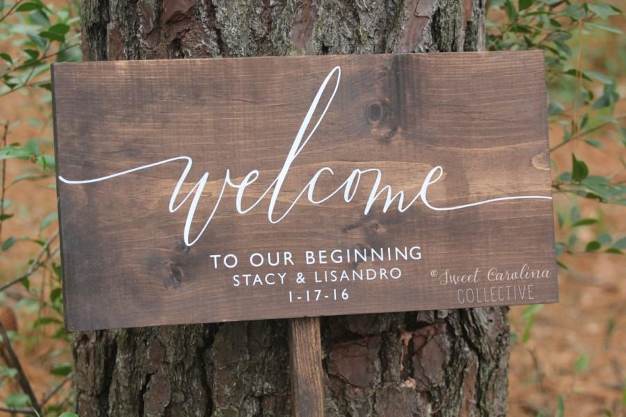 Mariage - Welcome to our Beginning Wedding Sign with Names and Date - Wood Wedding Welcome Sign - WS-212