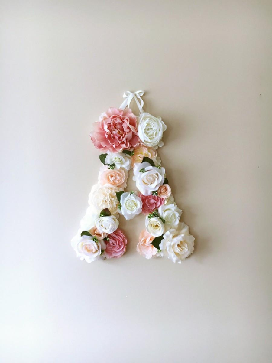 Hochzeit - Flower Letters, Vintage inspired wedding decor / Personalized wall art, Baby shower gift, Artificial flowers, Photography Prop