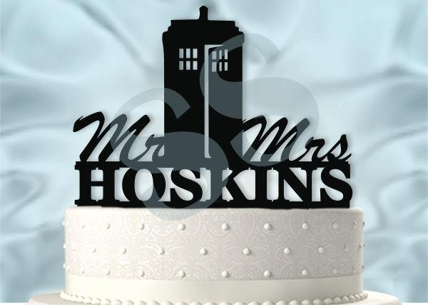 Hochzeit - Mr and Mrs Personalized Tardis Doctor Who Inspired Wedding Cake Topper