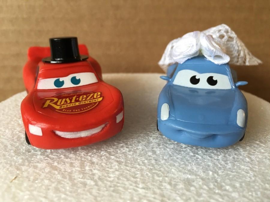 Hochzeit - Lightning McQueen and Sally Mater Wedding Cake Topper- Cars Cake Topper- Cars Wedding Cake- Wedding Topper