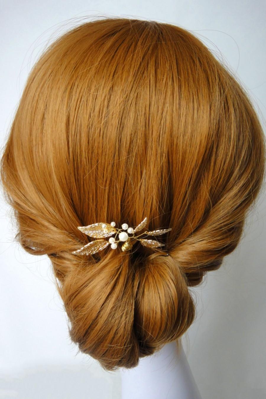 Mariage - Gold Leaf Hair Pin, Gold Wedding Head Piece, Gold Wedding Hair Accessories, Pearl, Gold Brass Leaf, Modern Wedding, Rustic,  ELEANOR