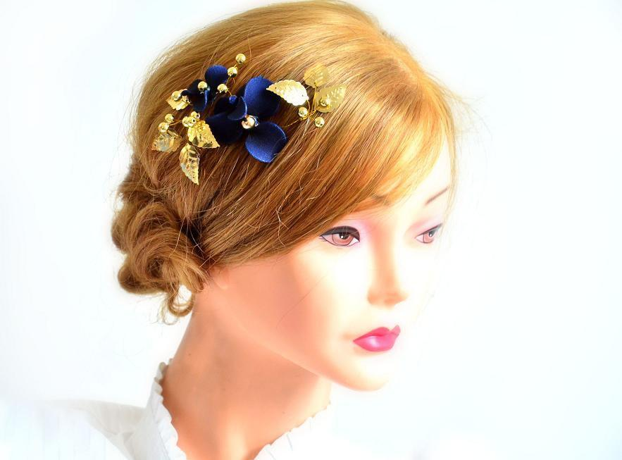 زفاف - Navy blue and gold headpiece Bridesmaids navy hair clip Navy blue hair clip Ivory and gold fascinator Navy and gold wedding
