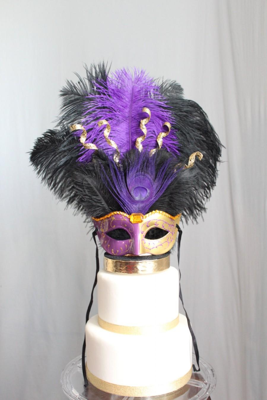 Mariage - Mardi Gras/Masquerade/Carnival/Mask Cake Topper Purple and Gold Peacock/Ostrich Feather