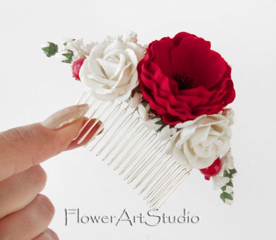 Свадьба - Red and White Flower Comb, Cottage Shic Bridal Headpiece, Romantic Bridal Comb, Red and White Bridal Hair Flower, Rustic Style Hair Comb