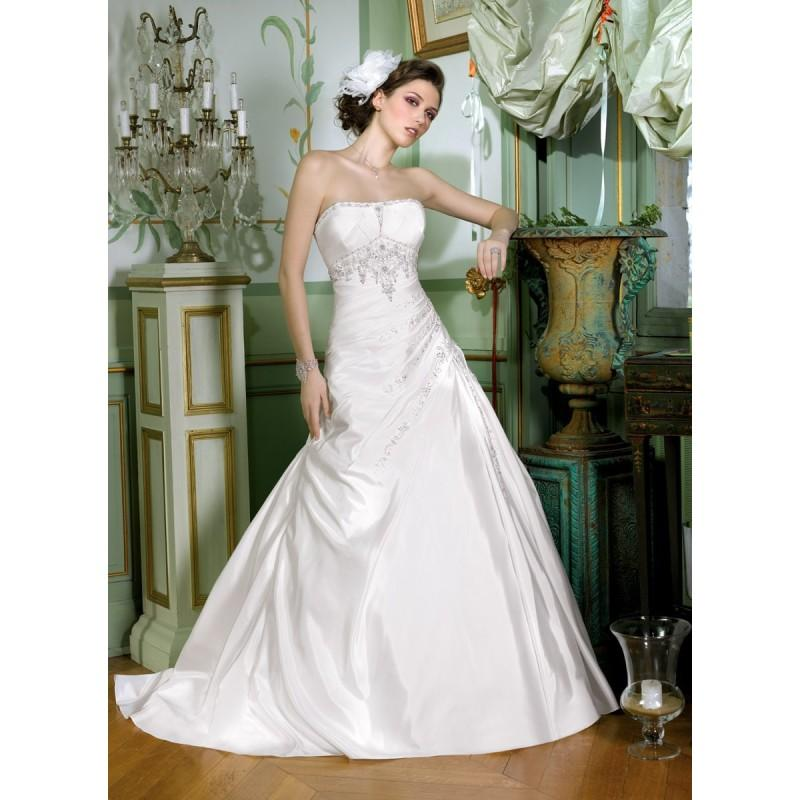 Hochzeit - Miss Kelly, 131-05 - Superbes robes de mariée pas cher