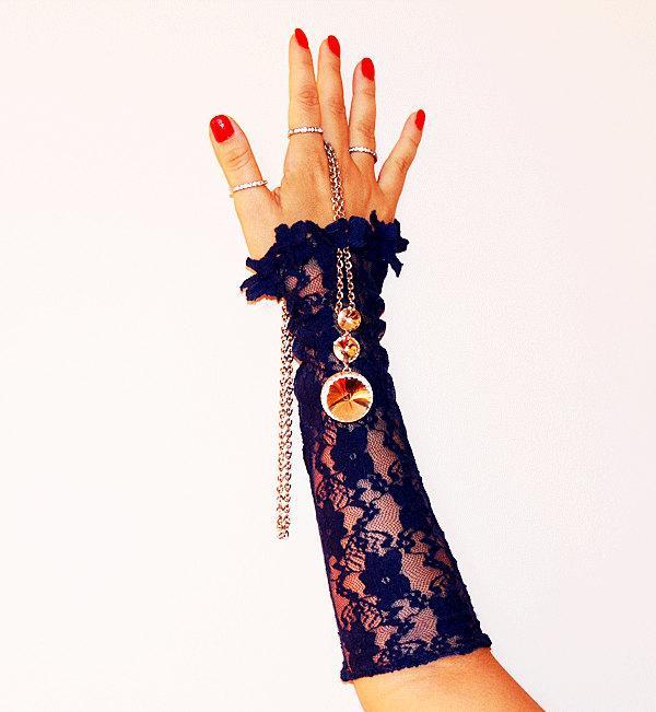 Свадьба - dark blue elastic lace fingerless gloves-Bridal Wrist Cuffs-Gothic Gloves,Wedding Gloves,Romantic,Fashion
