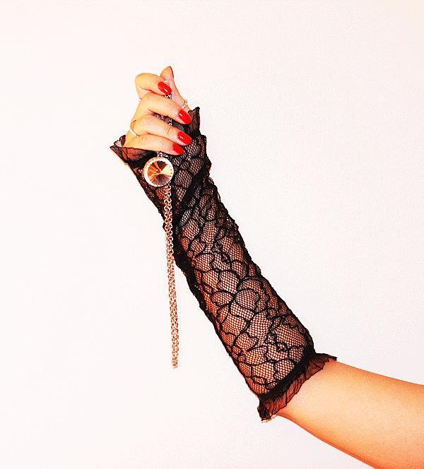 Свадьба - delicate black lace fingerless gloves pattern-Black lace gloves long -Wedding Accessory-Delicate Gloves-Bridal accessory, Fingerless Gloves