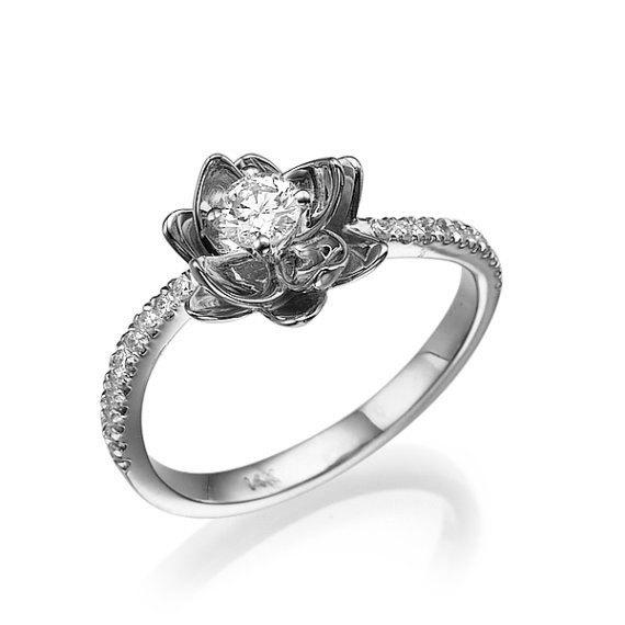 Hochzeit - Flower Engagement Ring, White Gold Ring, Diamond Ring, Wedding Ring, Promise Ring, Cocktail Ring, Unique Ring, Statement ring, Floral Ring