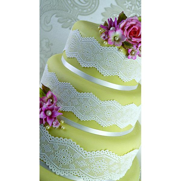Mariage - 4 x Edible Cake Lace Panels perfect for Weddings, Anniversary, Party, Cake Decorating and Cupcakes