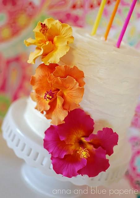 Mariage - Made to Order Clay Hibiscus Cake Flowers (as seen on Hostess with the Mostess Blog)