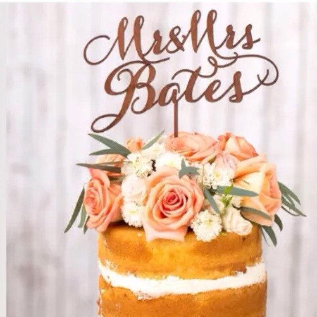 Hochzeit - Mr mrs cake wedding cake topper wooden