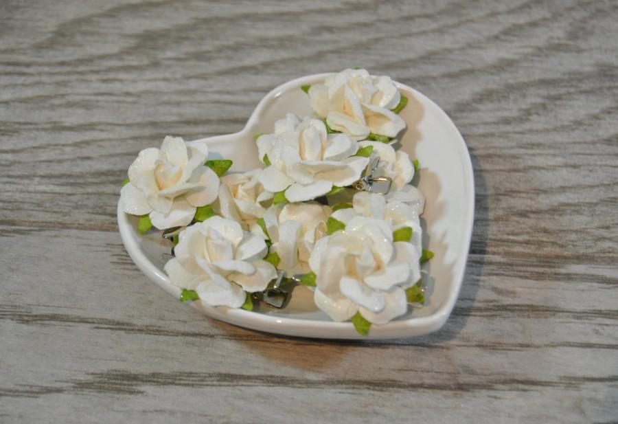Hochzeit - White Rose Clips - White Bridal Hair Clips - Wedding Hair Clips - White Bridal Hair Flowers - White Flower Clip - Bridal Hair Adornments