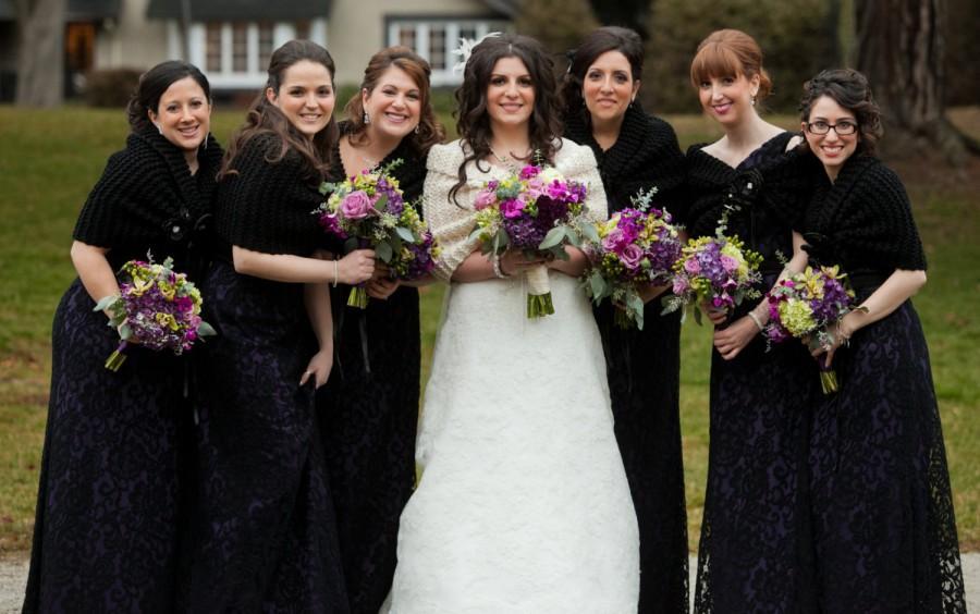 Mariage - Wedding Shawl/Bridesmaid Accessory/Wedding Cape/Black Shawl/Bridesmaid Shawl/Bridal Shawl/Bridal Bolero/Bridesmaid Gift/Bridesmaid Wrap