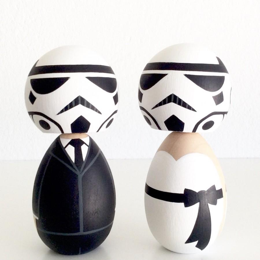 Mariage - Star Wars inspired kokeshi doll cake topper set. Imperial Stormtroopers.