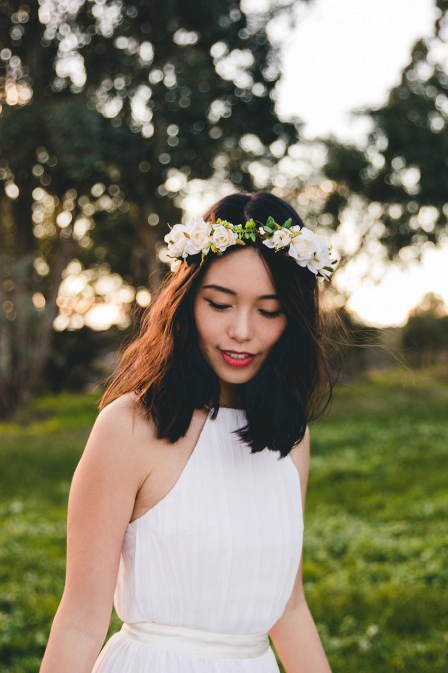 Blossom and forest bridal wedding flower crown flore cream blossom and forest bridal wedding flower crown flore cream bohemian floral headpiece flower crown izmirmasajfo